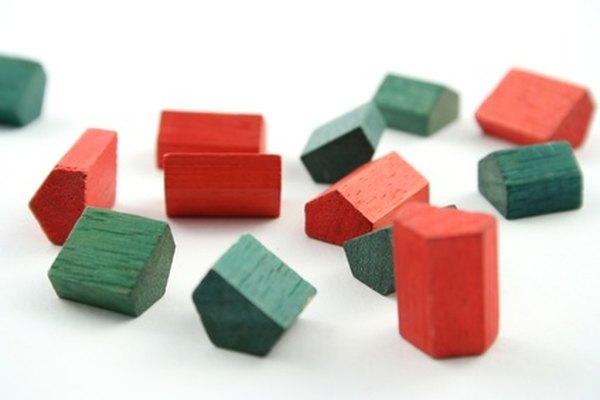 El famoso juego Monopoly puede ayudar a que tus hijos entiendan lo que significa el capitalismo.