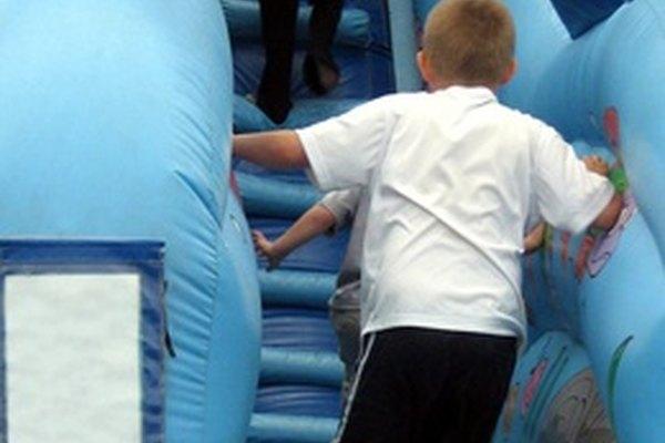 El juego de los niños refleja sus etapas de desarrollo.