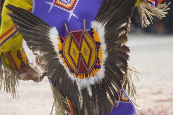 Los tocados de los nativos americanos son habituales durante las danzas ceremoniales.