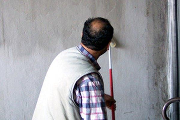 Darle nombre a tu negocio de pintura es parte del proceso de comercialización.