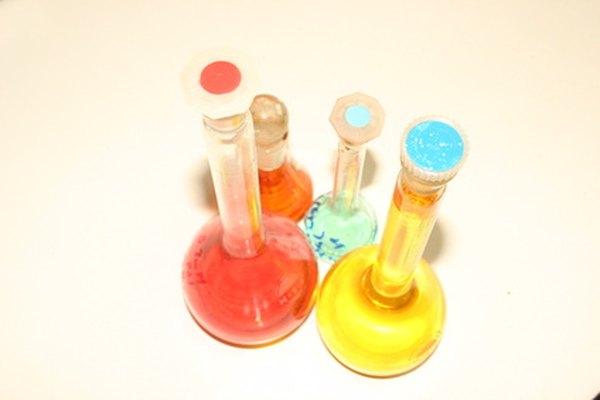 Todos los líquidos que ves serán ácidos o básicos.