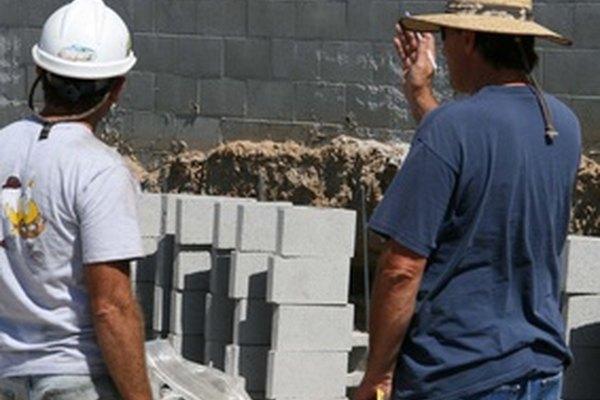 Involucra al empleado en todos los aspectos del proyecto.