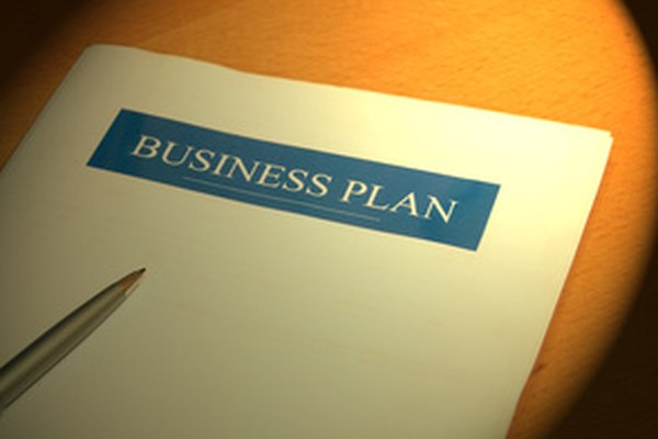Como parte del plan de inicio de sus empresas, los pequeños empresarios deben definir su estructura legal.