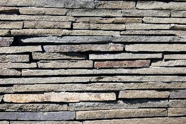 Algunos azulejos necesitan que sus bordes sean suavizados.