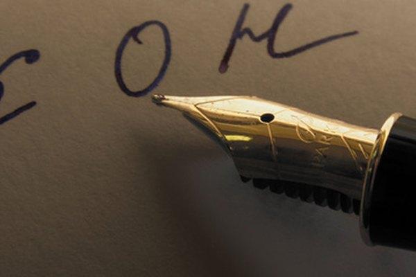 Las plumas Parker pueden rellenarse con cartuchos o con convertidores de tinta.