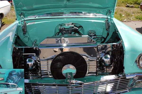 Una escasa cantidad de aceite en el motor puede provocar un ruido como de clic.