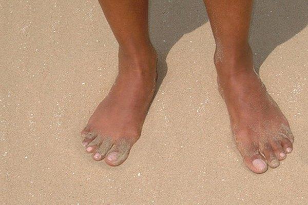 El polvo antimicótico puede curar las infecciones en los pies.