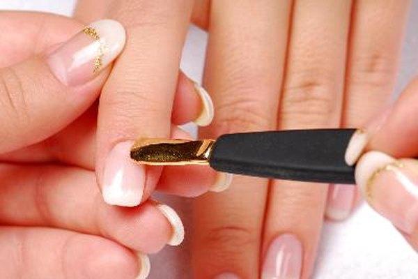 Ser dueña de un salón de uñas comienza con una licencia de operación.