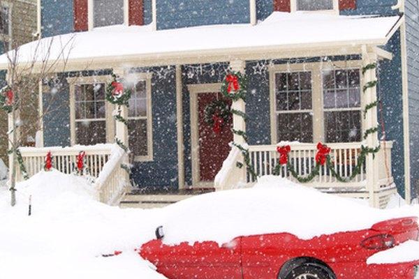 Quitar la nieve de tu propio camino no requiere un seguro comercial.