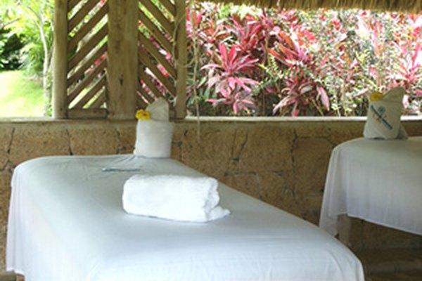 El nombre correcto para un negocio puede resaltar ofertas especiales, como masaje en exteriores.