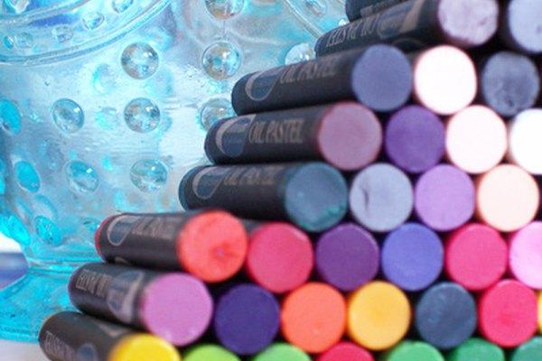 El color, la forma y la textura son algunos de los elementos de arte.