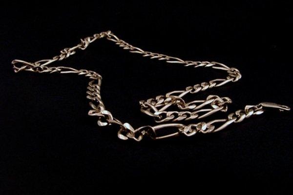 Las joyas de acero inoxidable son ideales para las personas que tienen alergia a otros materiales.