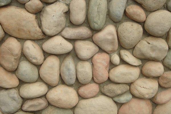 La densidad de una roca se puede medir por su masa dividida entre su volumen.
