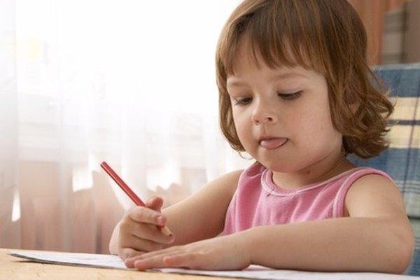Las habilidades de planeamiento del desarrollo motriz ayudan a los alumnos con la escritura y los movimientos de otros músculos.