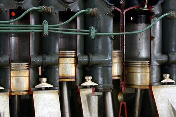 Los cilindros del motor se miden con medidores de diámetros de cilindros especializados.