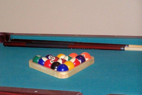 Construir tu propia mesa de pool es una opción asequible en lugar de comprar una.