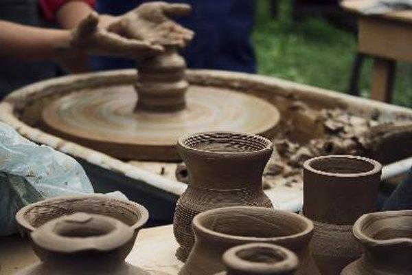 Disfruta creando tus propios objetos decorativos de cerámica.