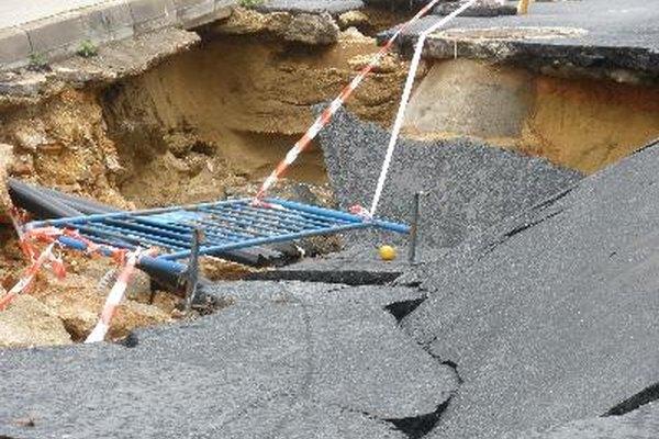 Incluso los sismólogos experimentados no pueden predecir con precisión exactamente cuando ocurrirá un terremoto en un área específica.
