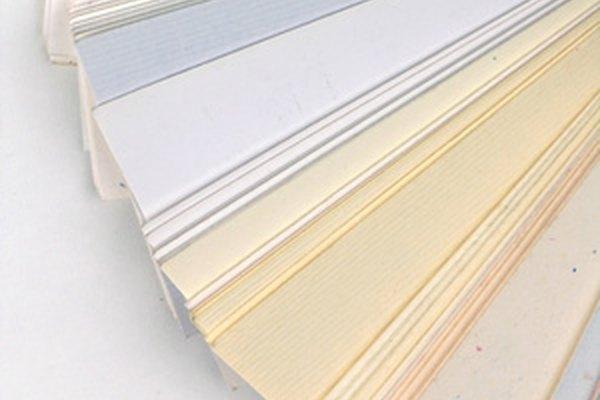 Las tarjetas de negocios pueden imprimirse por un pequeño costo o de forma gratuita.