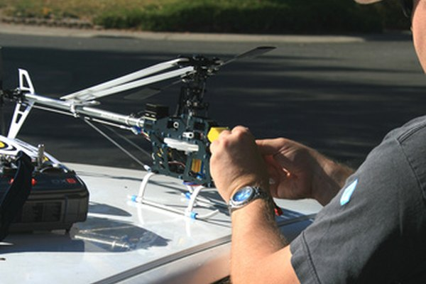 El control remoto funciona gracias a la tecnología de infrarrojos.