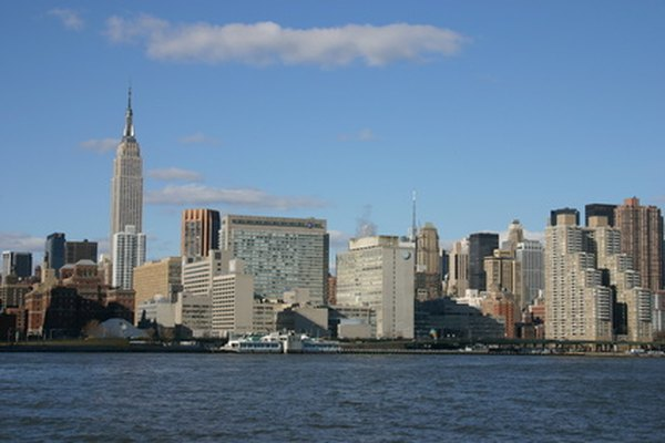 La City university of New York (Universidad de la Ciudad de Nueva York) ofrece opciones de universidades a la comunidad.