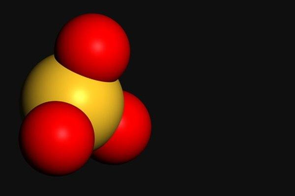 Las cargas de los elementos en moléculas pequeñas como esta se pueden deducir con las asignaciones de carga formales.