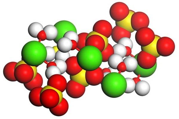 Los elementos forman moléculas intercambiando o compartiendo electrones.