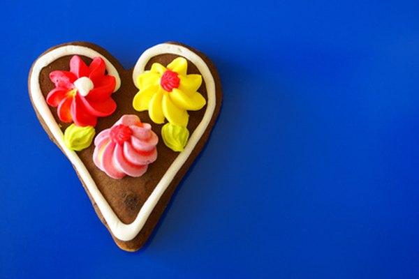 La glicerina de grado alimenticio se agrega a los glaseados y caramelos para crear una textura lisa y brillante.