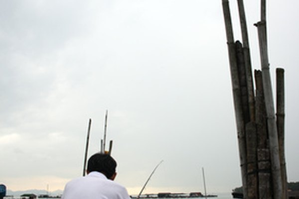 Hombre pescando.