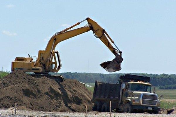 La maquinaria pesada tiene una amplia variedad de usos.
