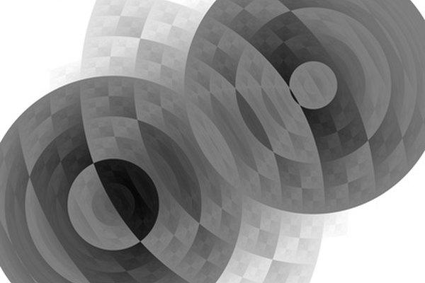 Un caleidoscopio de dos espejos mellizos produce imágenes dobles.