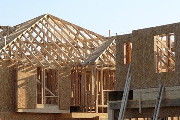 Comprar y vender casas es arriesgado, pero potencialmente gratificante.