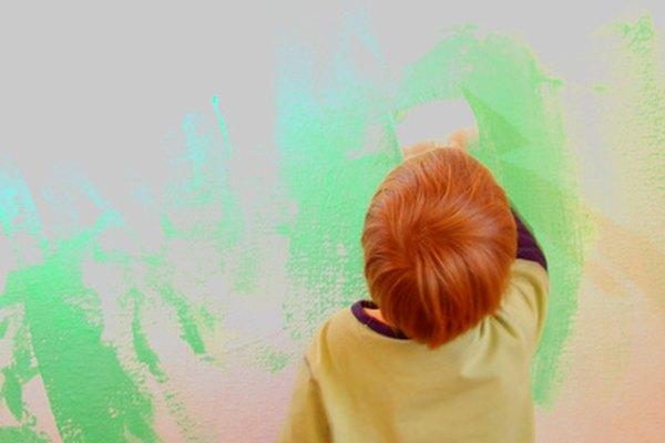 Muchos artistas abstractos intentan emular el arte sin reglas de los niños.