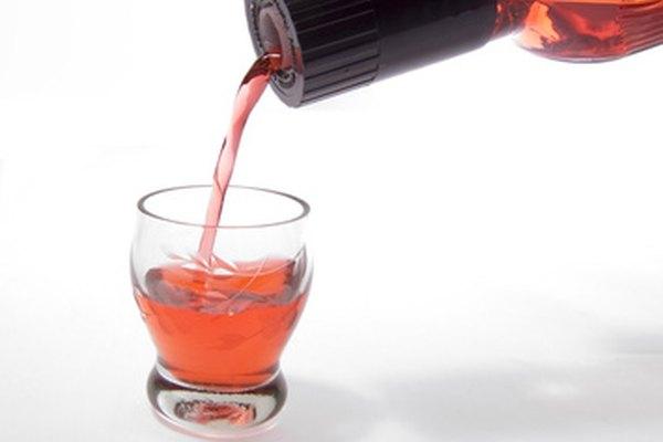 Antes de que puedas vender alcohol debes conseguir una licencia de la agencia de control de bebidas de tu estado.