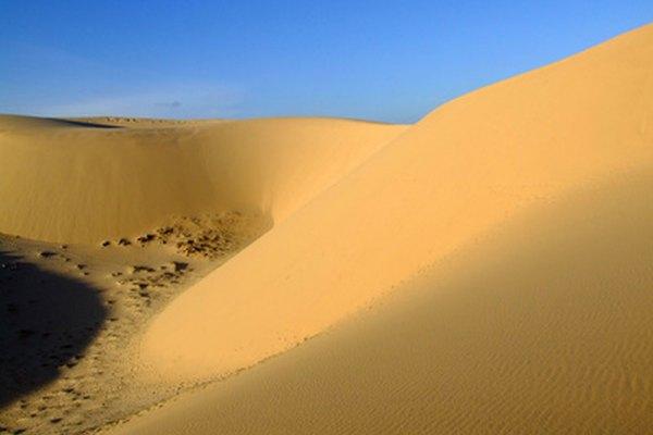 Medanos de Coro es famosa por sus enormes dunas de arena.