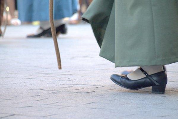 Skechers es una empresa de calzado estadounidense que hace zapatos de moda informales.