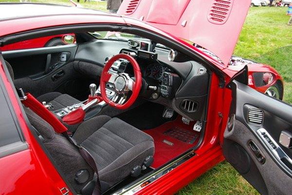 El Nissan Altima es un coche de tamaño mediano.