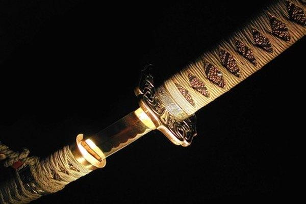 La envoltura de la empuñadura de una katana se dice
