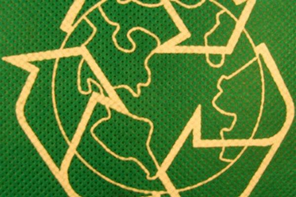 Usa productos biodegradables para una tierra limpia y conservar energía.