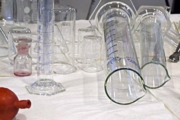 El tripolifosfato de sodio se utiliza ampliamente en aplicaciones químicas e industriales.