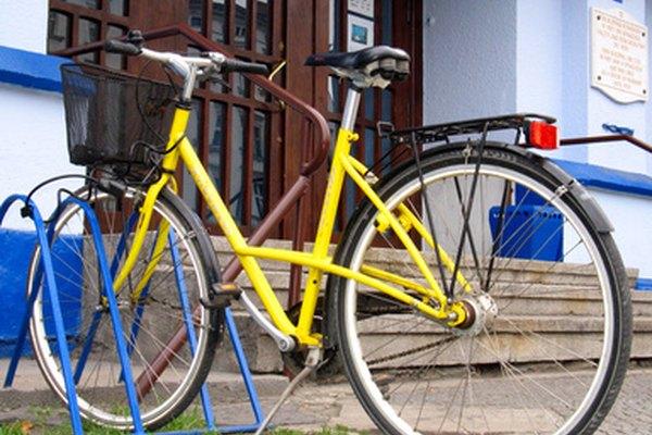 Haz un cobertor para el asiento de tu bicicleta.