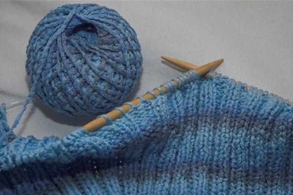 Para tejer a telar no se necesitan palillos.