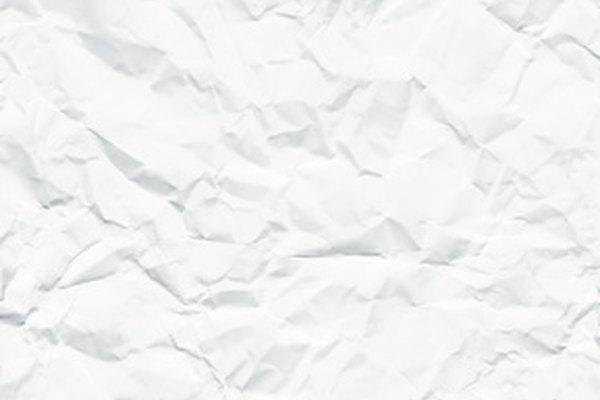Puedes volver a utilizar el papel de impresión viejo para tu montaña de papel.