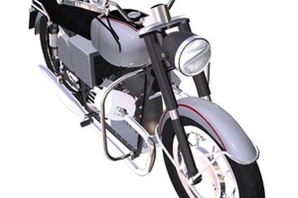 Aprende a reparar las abolladuras en el tanque de combustible de tu motocicleta.