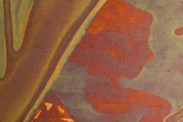 Crea un color dorado o rojo en aluminio.