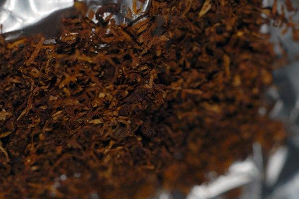 Corta tu tabaco en casa para tener un humo más fresco.