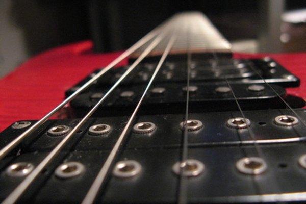 Seiko produce una línea de afinadores cromáticos diseñados principalmente para su uso con guitarras.