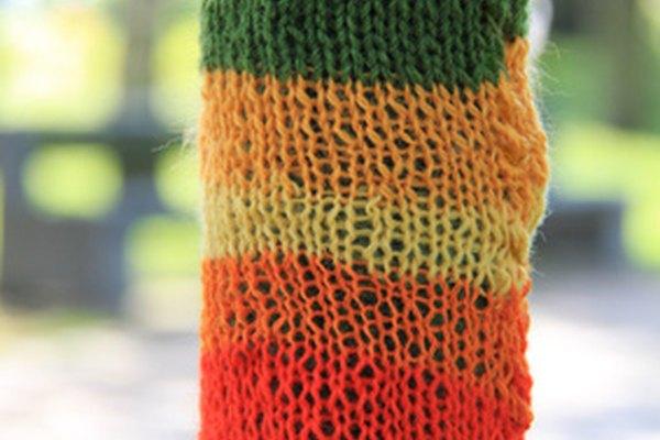 Un telar ovalado crea piezas planas, como las bufandas.