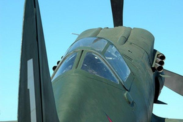 Fotografía de un avión clásico.