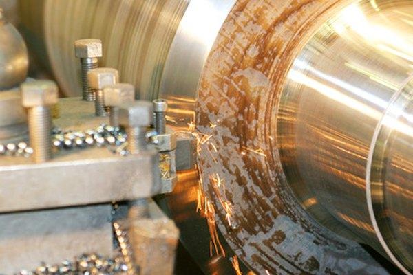 La mezcla de metales aleados que conforman los pernos de acero inoxidable los hacen extremadamente durables y fuertes.